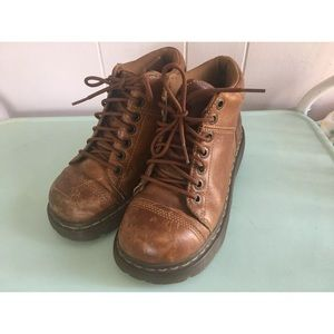 Dr. Martens Yolanda Brown Leather Boots US 7
